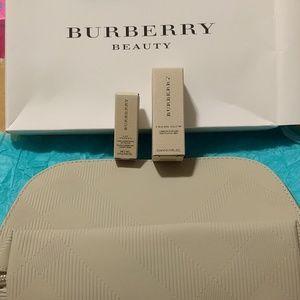 Burberry Gift Set Pouch Lipstick Fresh Glow new